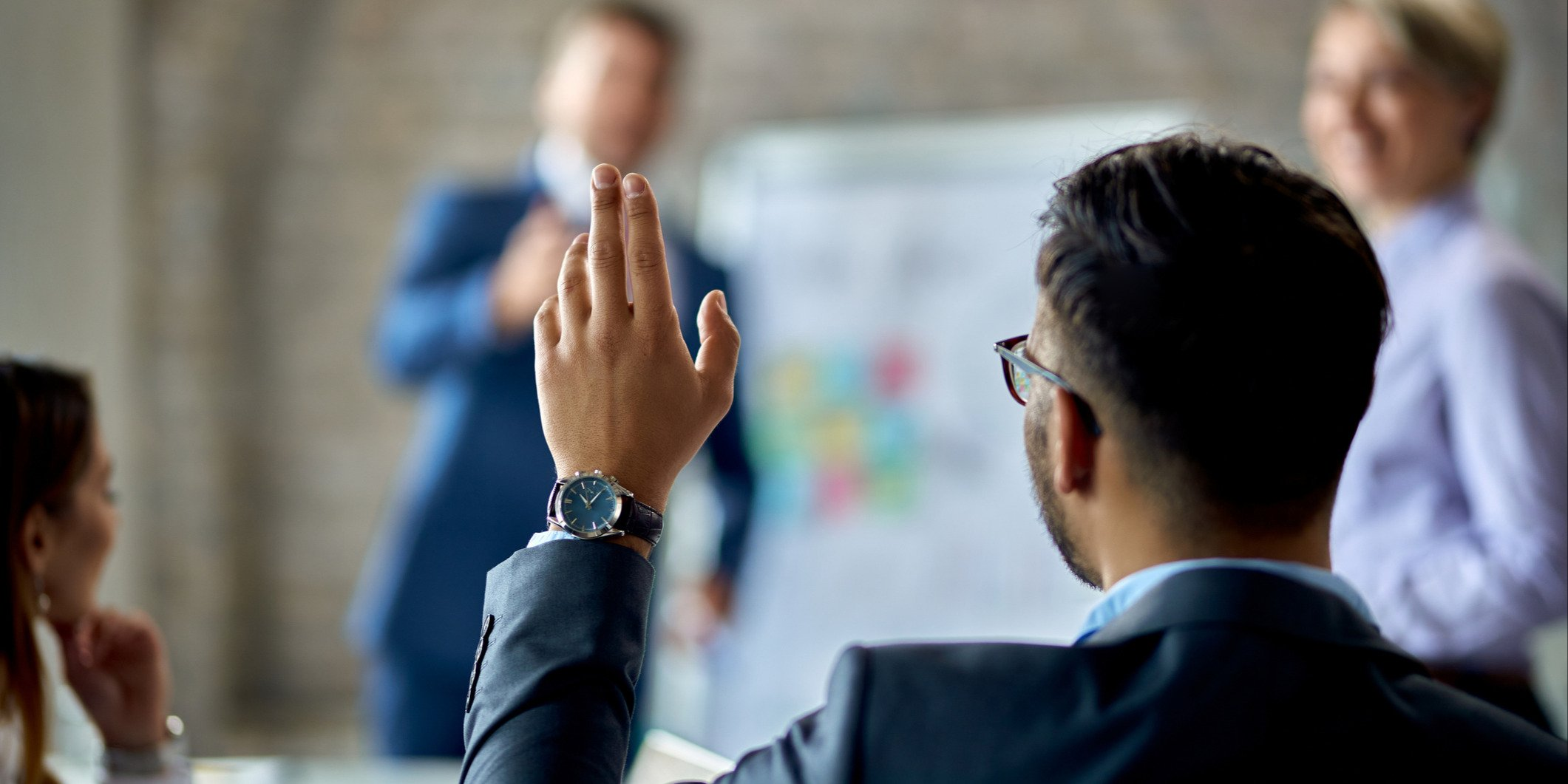 How to Make Your Townhall Meetings More Engaging